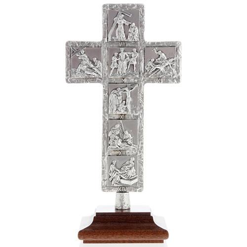 Cruz de mesa plateada vía Crucis 1