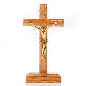 Crocifisso da tavolo dorato legno olivo e metallo dorato s1