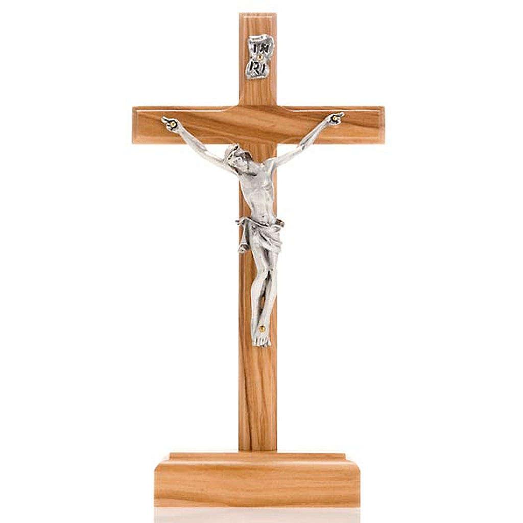 Crucifijo plateado de mesa madera olivo 4