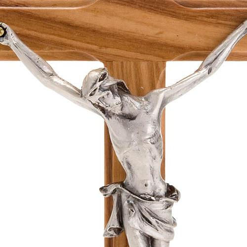 Crocifisso da tavolo dorato legno olivo e metallo argentato 3