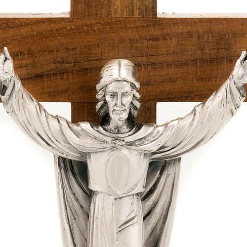 Crucifix de table Christ ressuscité, bois de noix 3