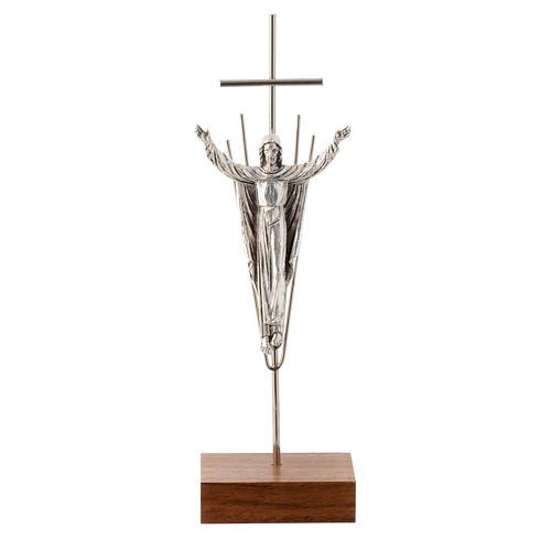 Cristo Resucitado plateado base madera nogal 1