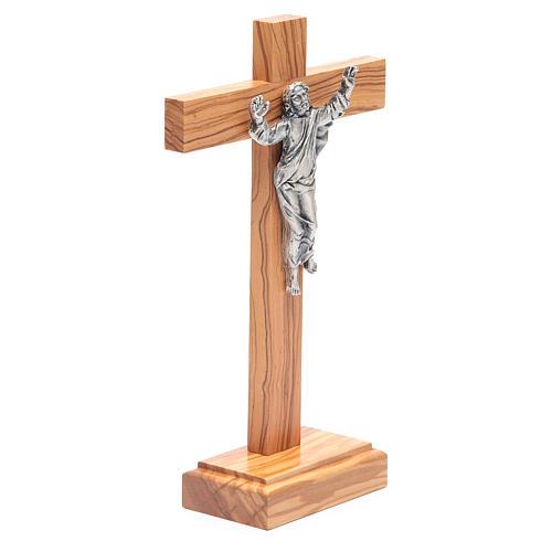 Cristo Resucitado metal crucifijo de mesa olivo 3