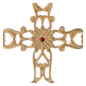 Croce con base traforata ottone dorato cristallo rosso h 21 cm s2
