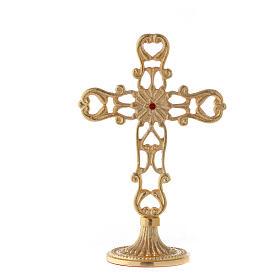 Croce con base traforata ottone dorato cristallo rosso h 21 cm s5