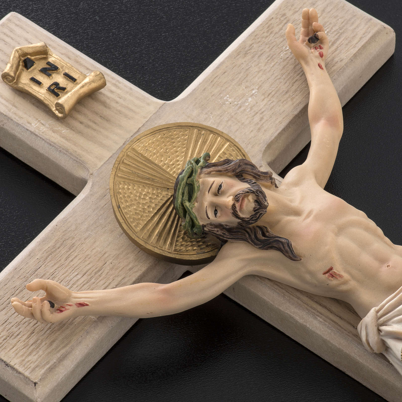 Crucifijo madera 40 cm cuerpo resina 4