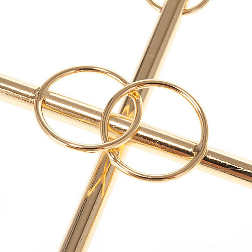 Wedding cross in golden metal with the 2 intertwined rings 2