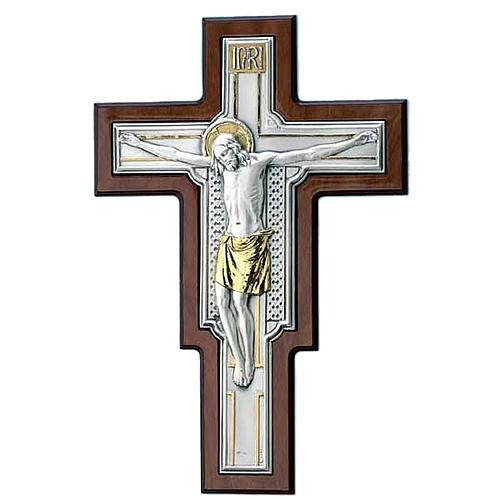 Crocifisso lastra argento e dorato su legno marrone 1