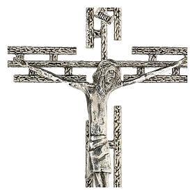 Crucifijo de metal plateado de pared h. 65 cm s2