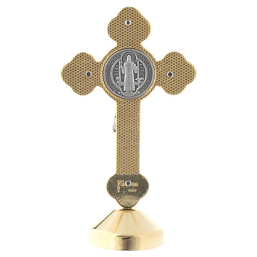 Croix de St. Benoît style gothique en métal rouge table 4