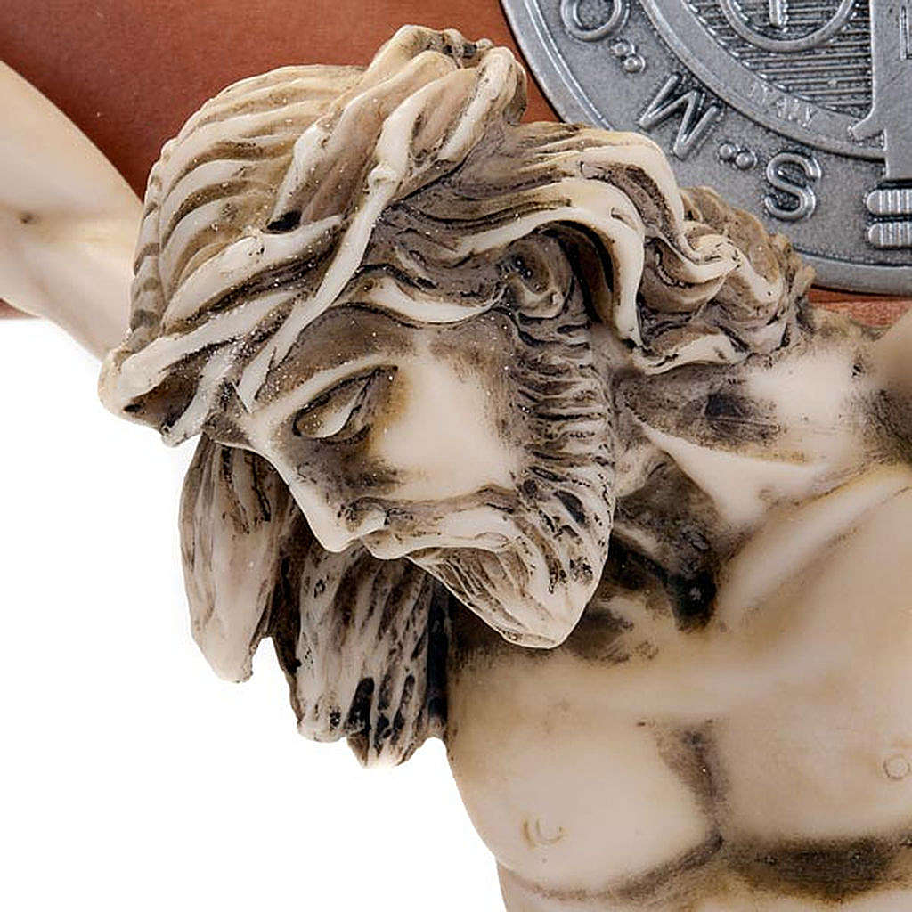 croix Saint Benoit bois de cerisier 71 cm 4