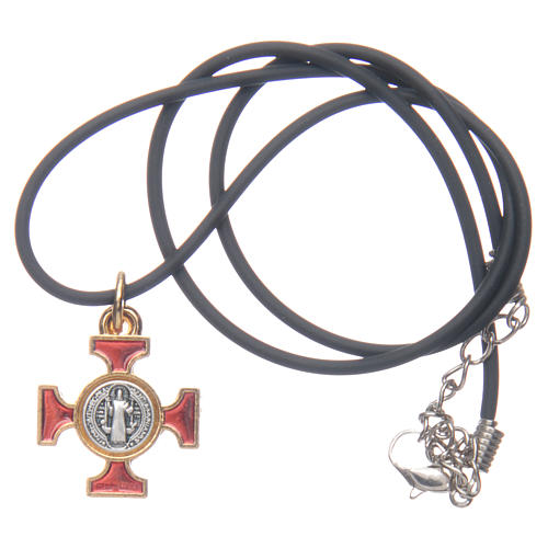 Collar cruz San Benito celta rojo 2 x 2 5
