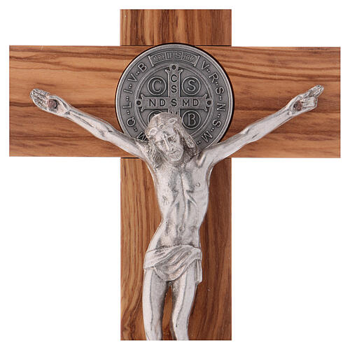 Kreuz von Sankt Benedikt aus Olivenbaumholz, 25 x 12 cm