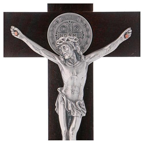 Kreuz von Sankt Benedikt aus Nussbaumholz mit Sockel, 30 x 15 cm