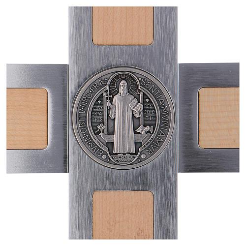Krzyż Świętego Benedykta z aluminium i drewna klonowego 40x20 cm 4