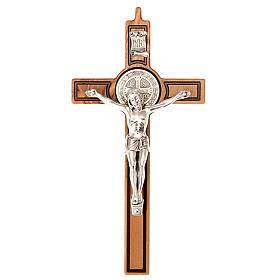 Croix St Benoit bois d'olivier gravée 20 cm s1