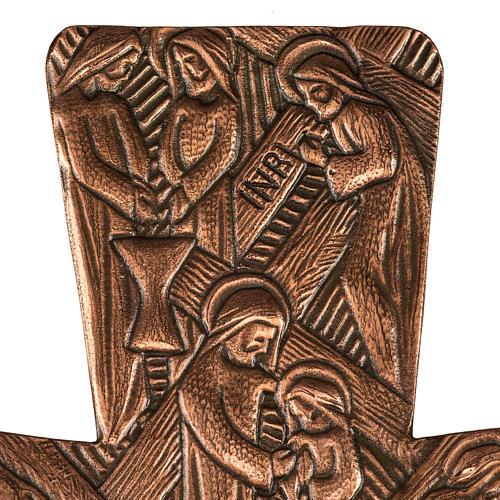 Krzyż procesyjny z brązu wizerunki Drogi Krzyżowej 3