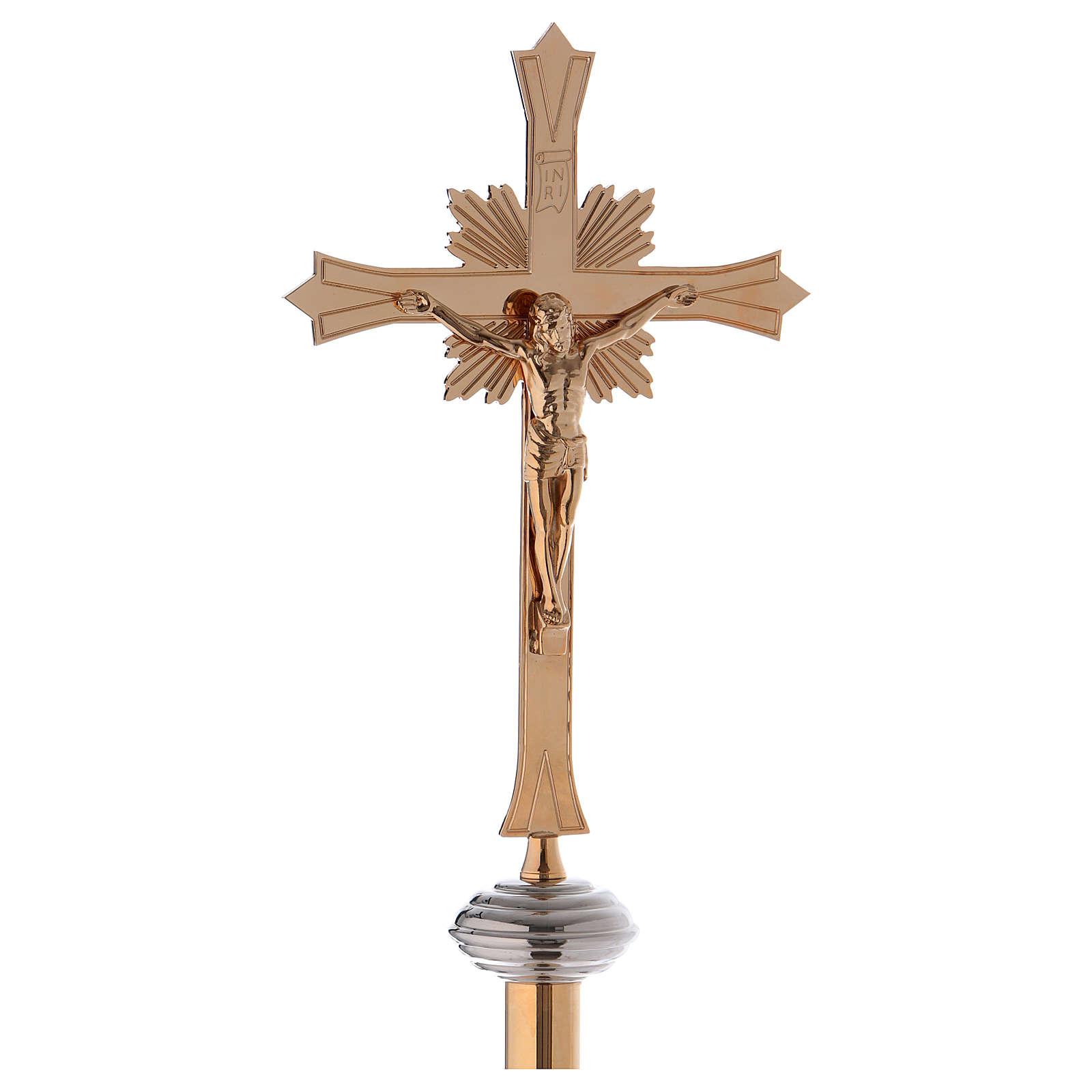 Cruz procesional con base en latón dorado 4