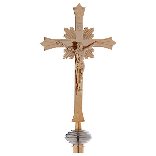 Croce astile con base in ottone dorato 1