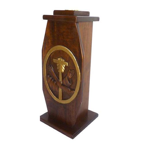 Krzyż procesyjny drewno h 220 cm z podstawą herb Franciszkański 2