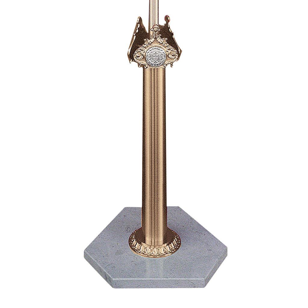 Base per croce astile in ottone fuso e marmo di Trani 4