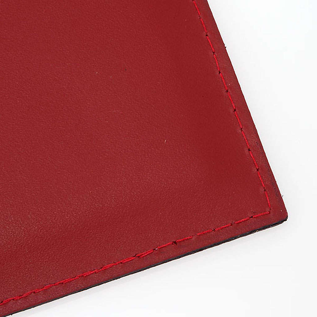 Folder for sacred rites in red leather 4