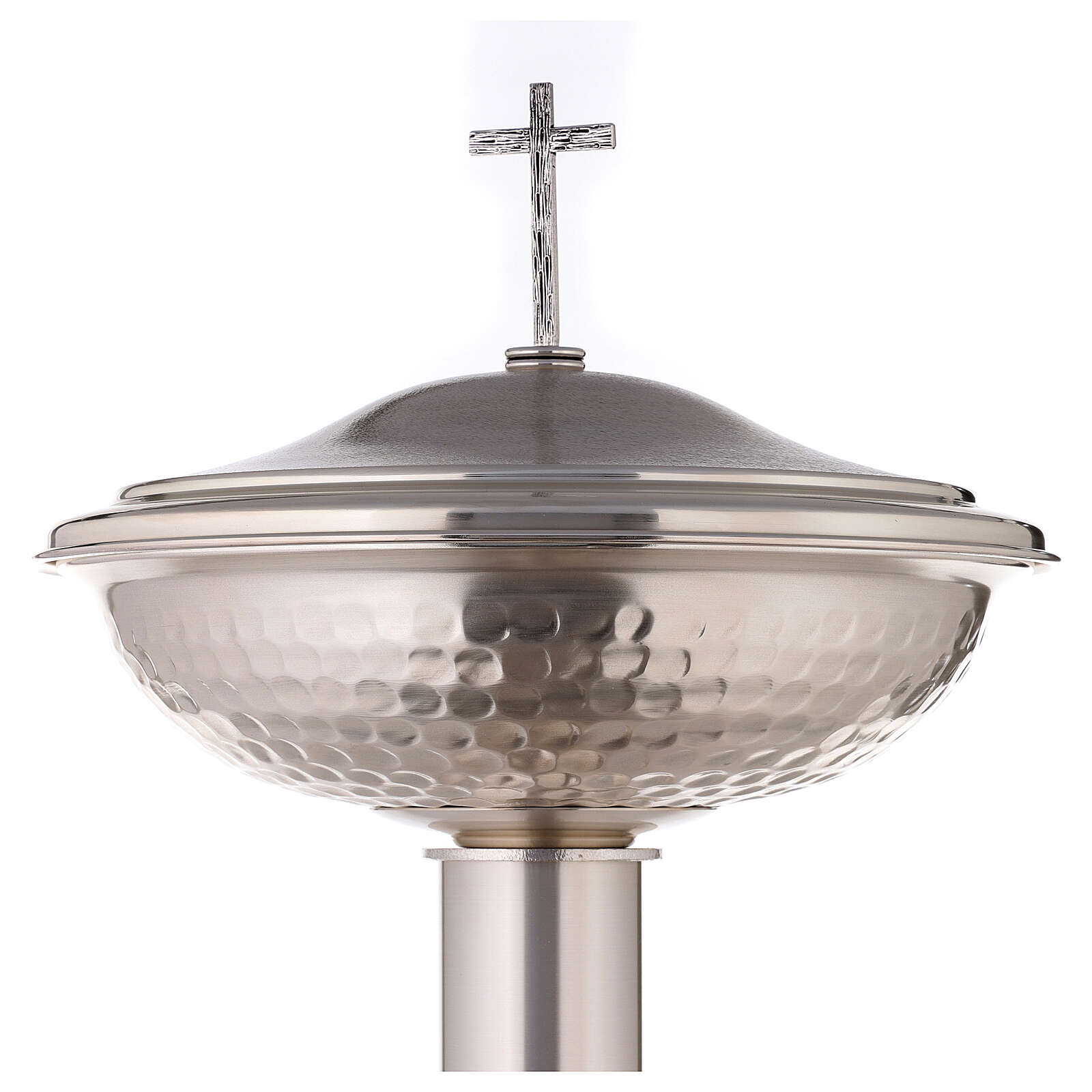 Fonte battesimale in bronzo argentato martellato 4