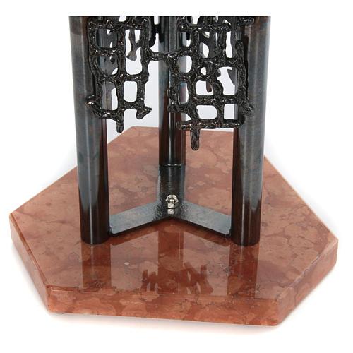 Fuente bautismal moderna de bronce 5