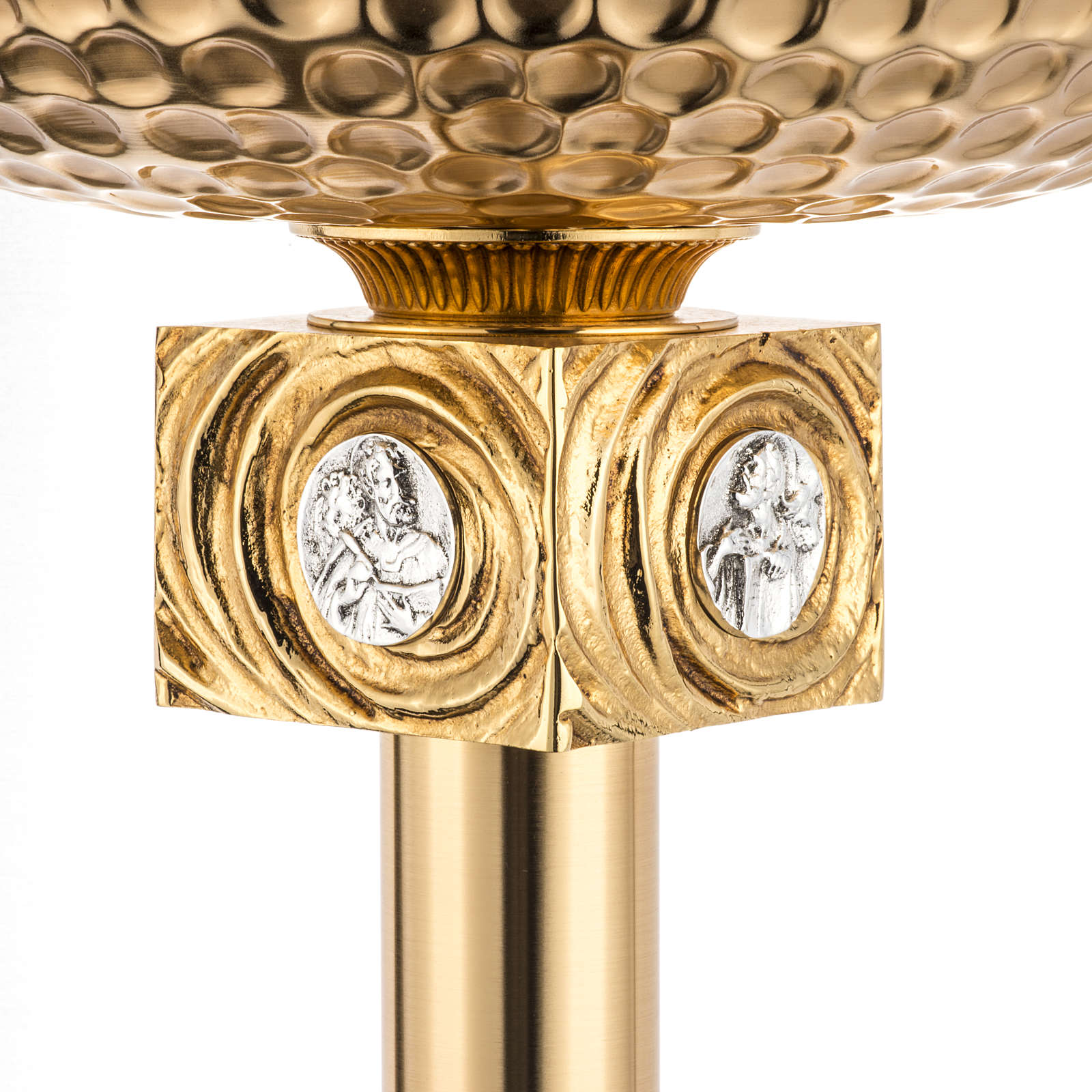 Baptismal font in gold-plated brass 4