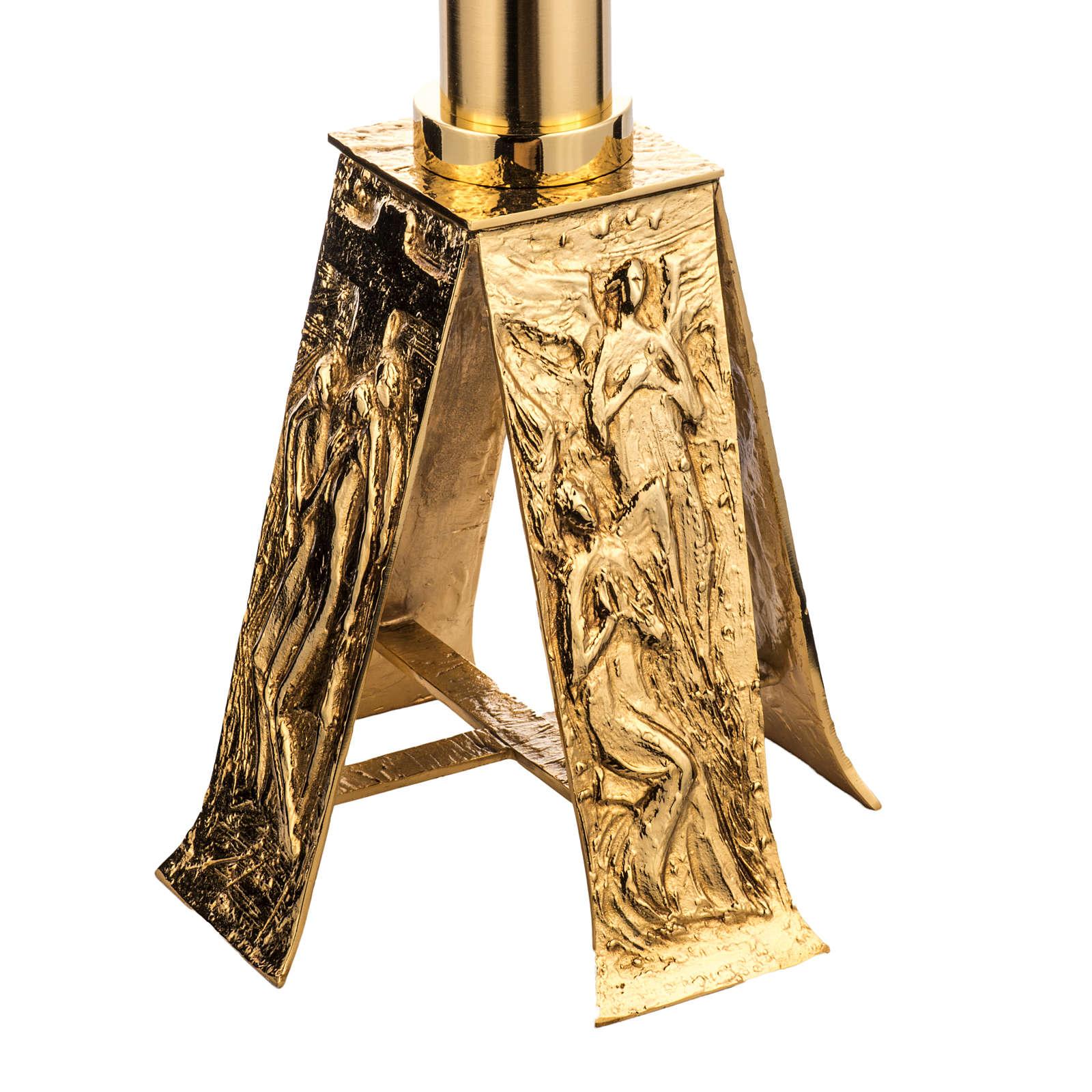 Baptisterio en latón fundido dorado 4