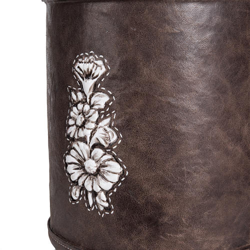 Cremation urn in synthetic marble and soft leather 5