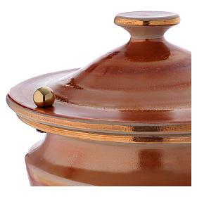Urna cineraria ceramica pomelli ottone color terra s2