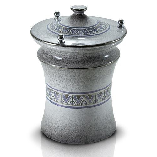 Urna cineraria ceramica pomelli ottone perla con platino 1