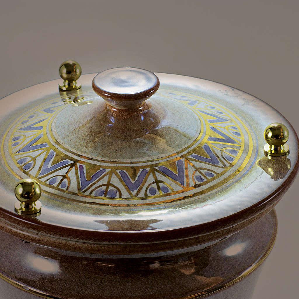 Urna cineraria ceramica pomelli ottone iris con greca 3