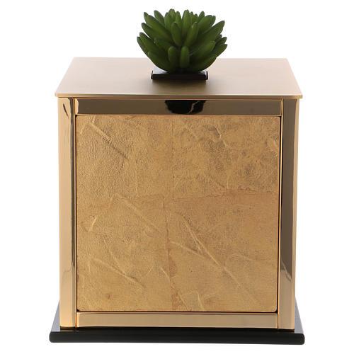 Cremation urn, Michael J. model 1