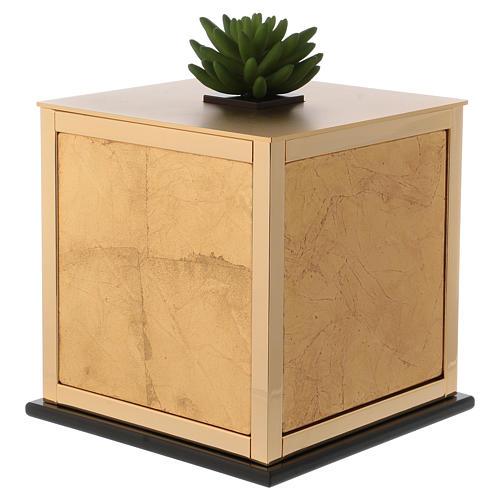Cremation urn, Michael J. model 2