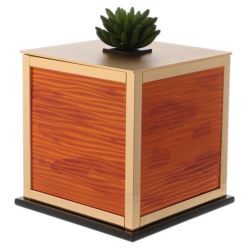 Cremation urn, Ray C. model 2