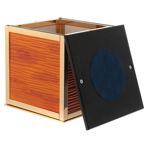 Cremation urn, Ray C. model 5