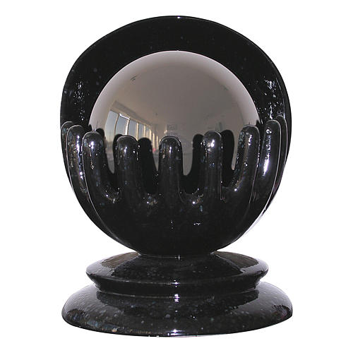 Urna funerária esférica Mãos cerâmica artística e aço 1