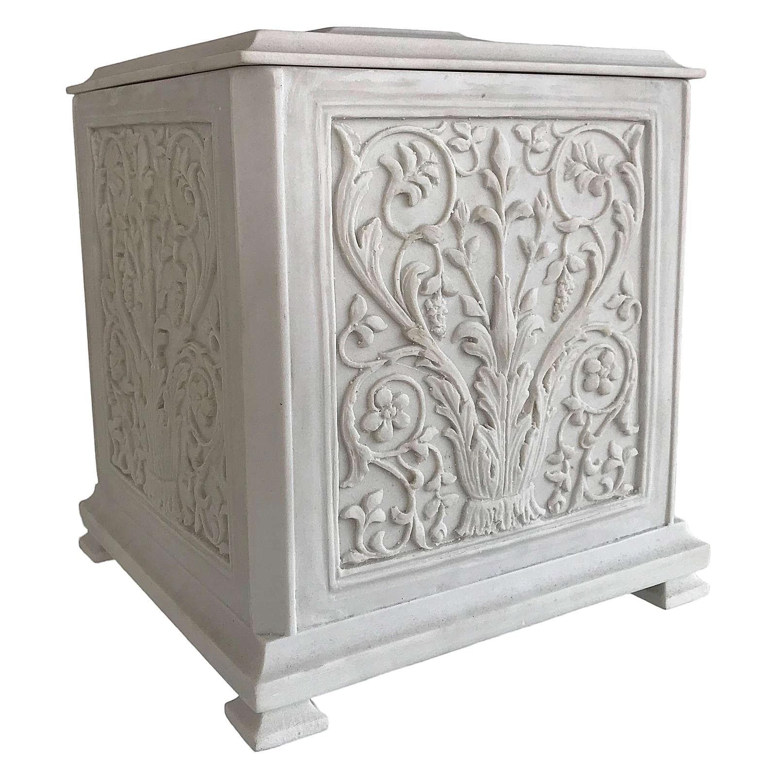 Urna cineraria Renaissance quadrata polvere di marmo levigata 3