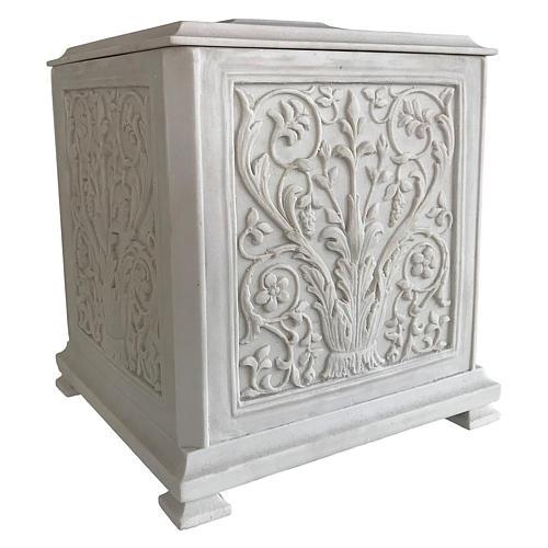 Urna cineraria Renaissance quadrata polvere di marmo levigata 2