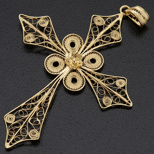 Colgante de cruz en filigrana de plata 800 y baño de oro 3