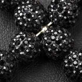 Krzyżyk z perłami Swarovskiego czarny 5x4 cm s3