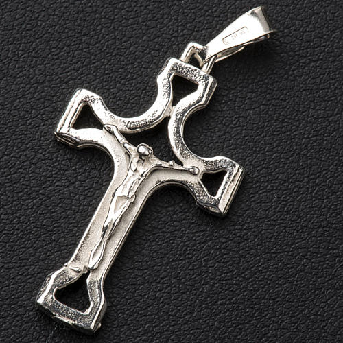 Pendant crucifix in silver, perforated 3