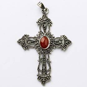 Croix argent bruni et corail s1