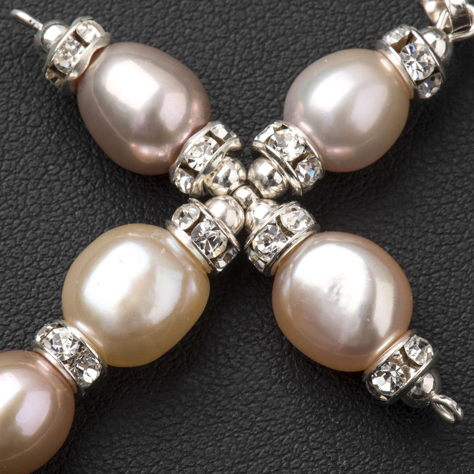 Cruz colgante Swarovski y perlas 4