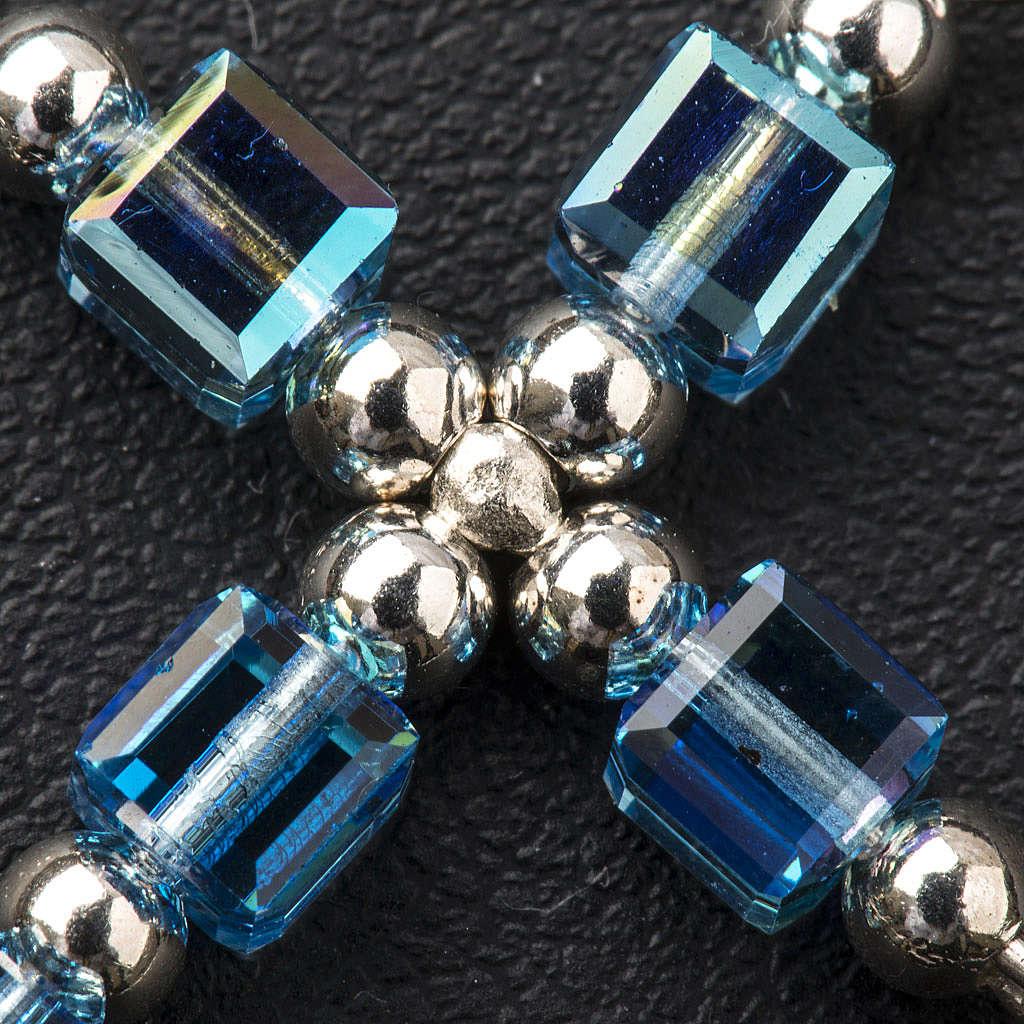 Cruz Swarovski forma de cubo azul claro 4