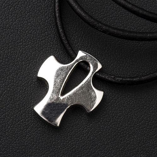 Croce stilizzata argento con intaglio 3