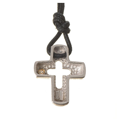 Croce argento con intaglio e zircone 2