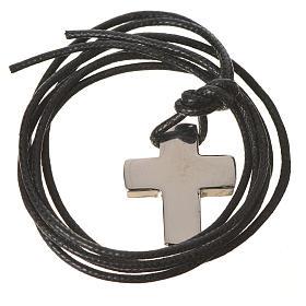Cruz clásica de plata con cordón s3